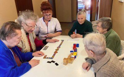 Логические игры для больных с деменцией в пансионате Домашний Уют в СПб