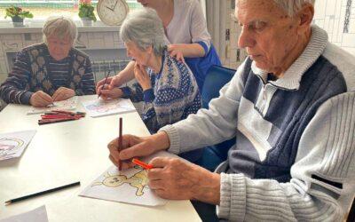 Мастер-классы для больных с деменцией в пансионате Домашний Уют в СПб