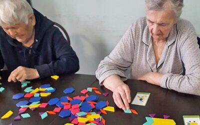 Танграм для больных деменцией в пансионате Домашний Уют в СПб