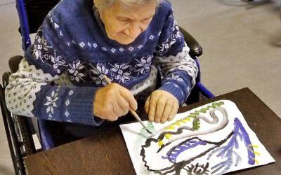 Арт-терапия для больных с деменцией в пансионате Домашний Уют в СПб